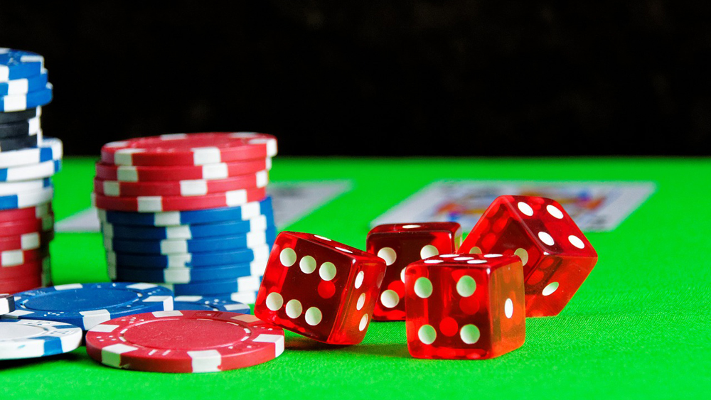 Online Gaming Has Got a New Name ; It's All About Mobile Casinos These Days